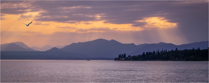 Sunrays over Lake Garda